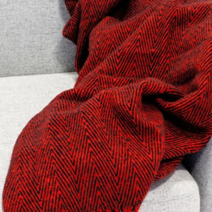 Pled ZIGZAG czerwono-czarny MHA0-04-28