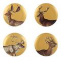 Zestaw czterech matowych złotych talerzy z jeleniami MHZ0-01-05