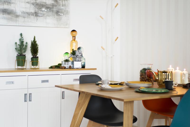 dębowy stół na święta
