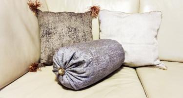 Jak zrobić poduszki w stylu glamour?